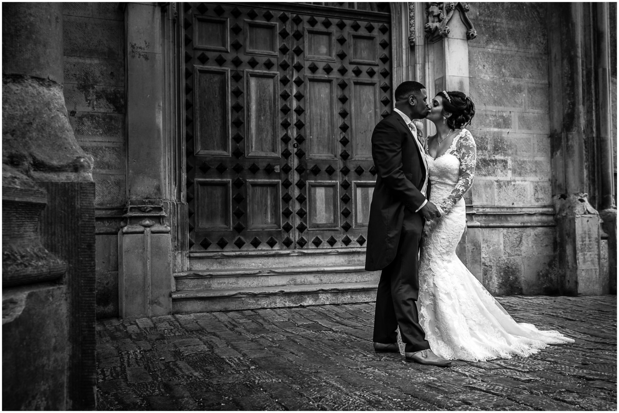 Highcliffe Castle Wedding Bride & Groom kiss
