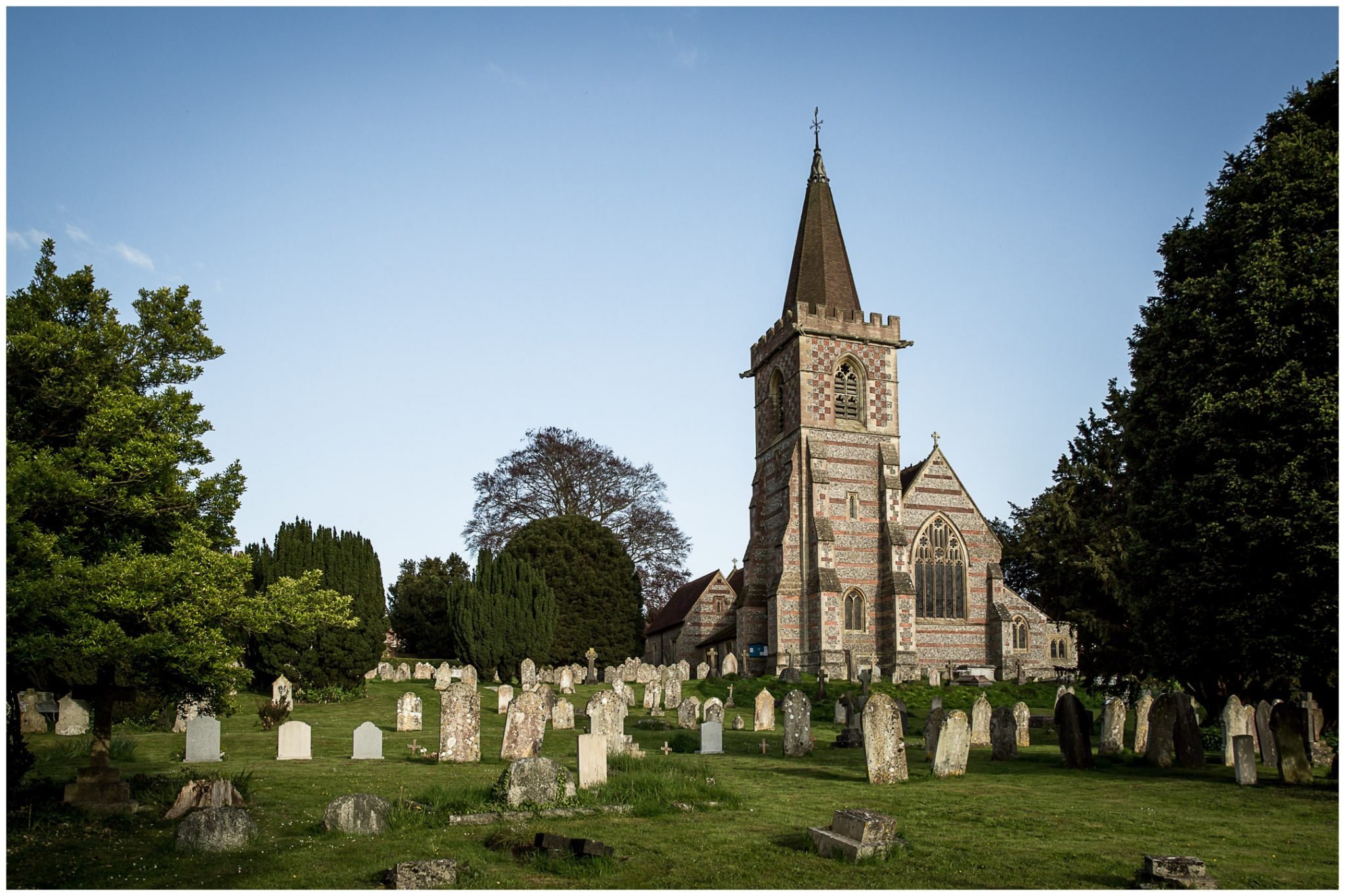 Exterior photo of St Mary's Twyford Church