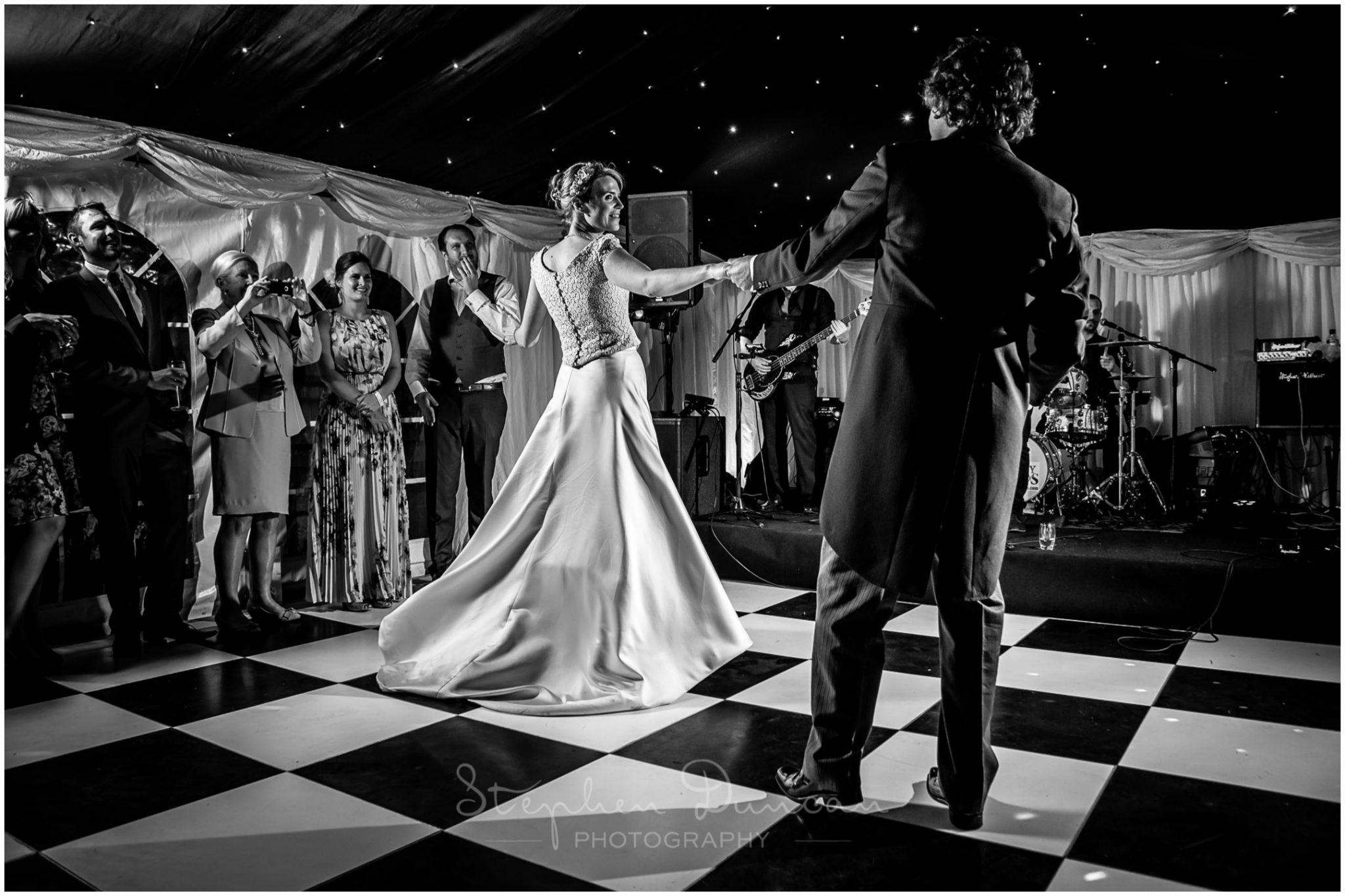 Lymington wedding photography couple dancing