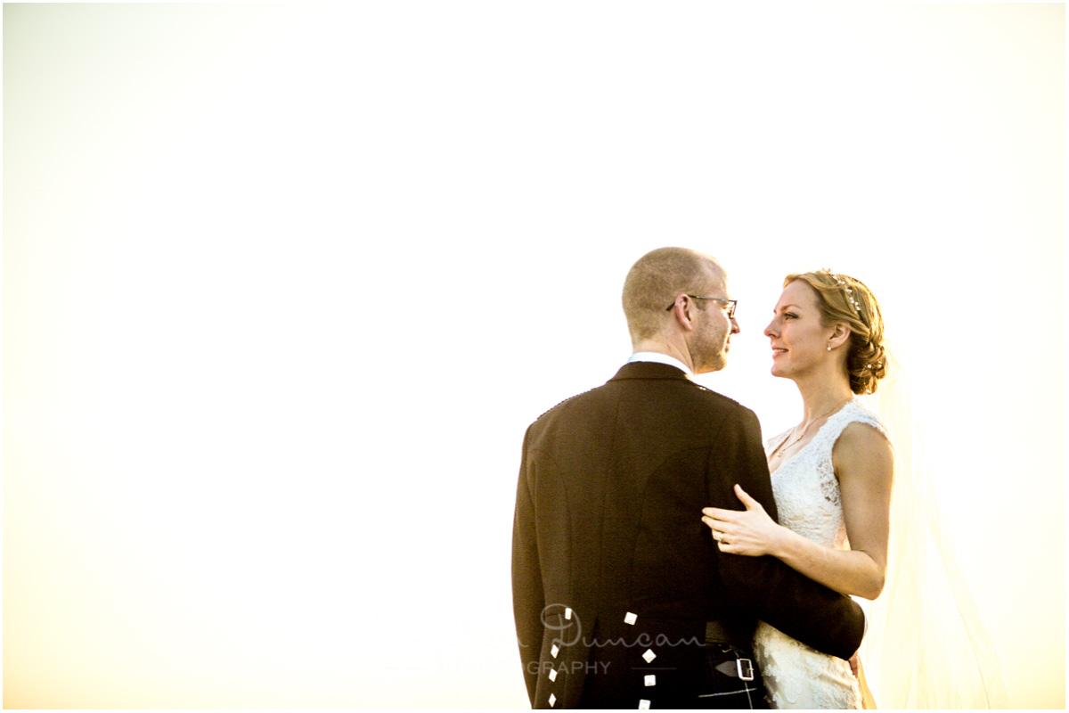 Romsey Abbey wedding photographer couple portrait