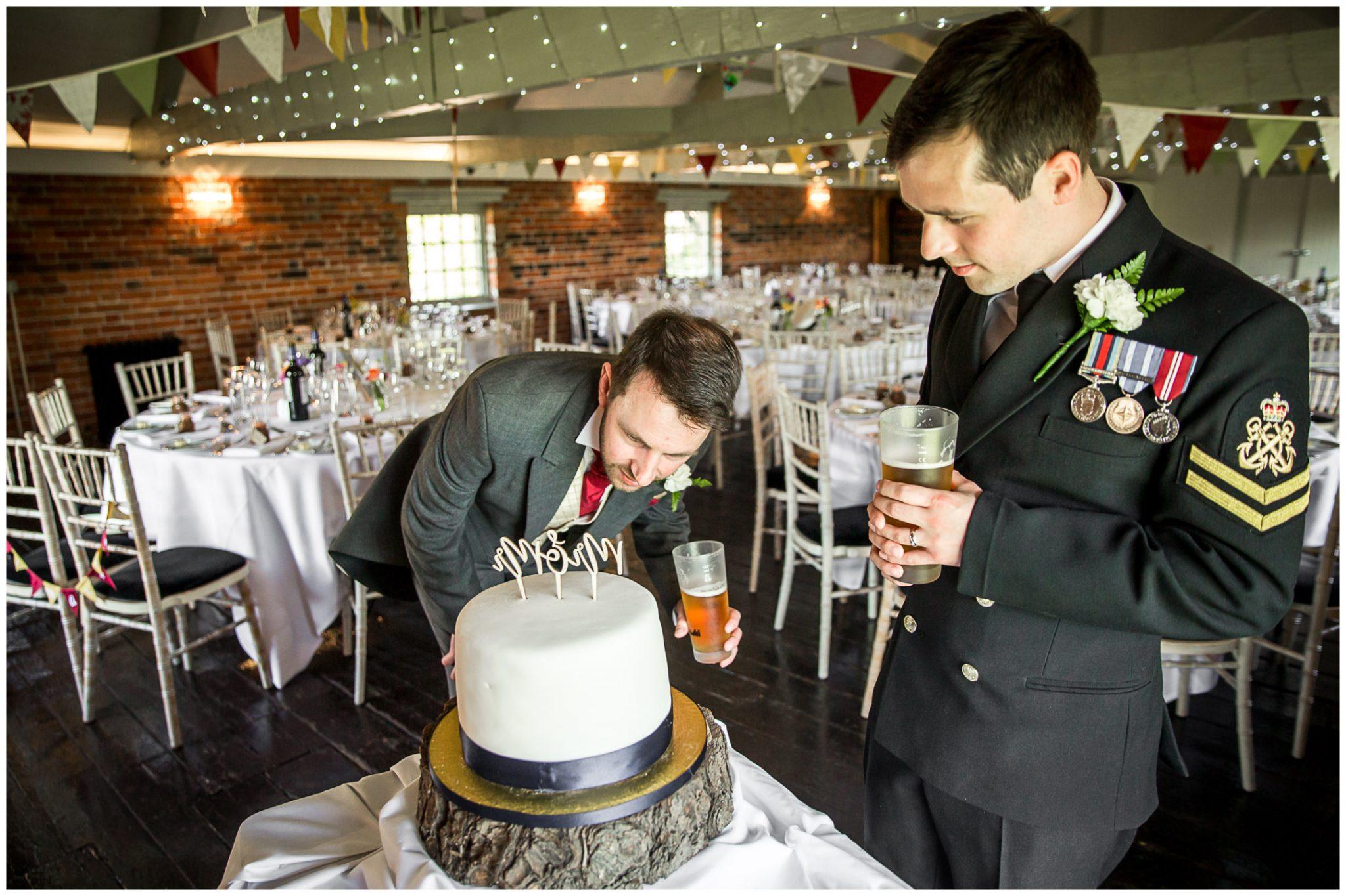 Sopley wedding photographer cake