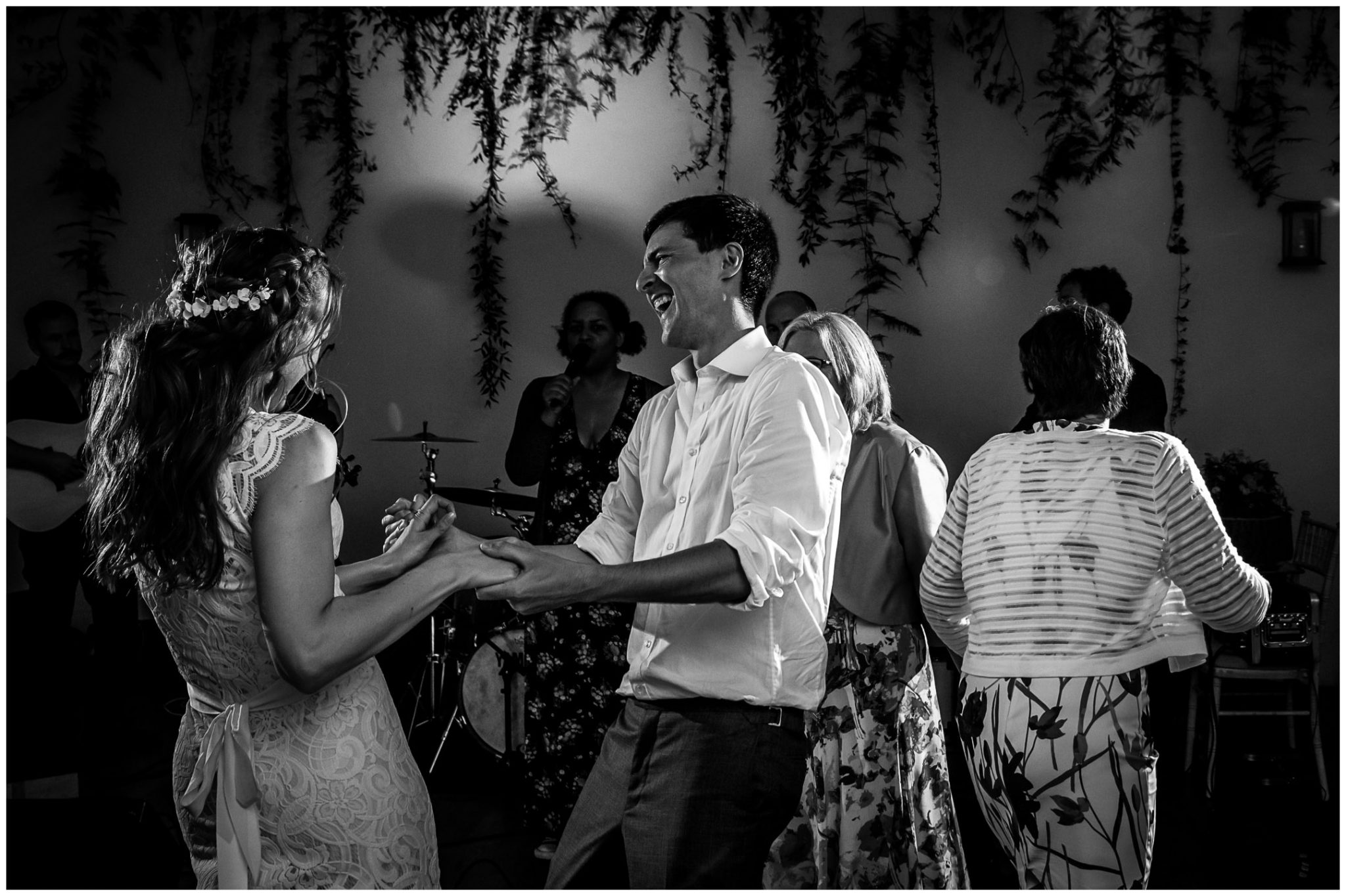 Couple dancing black and white photo